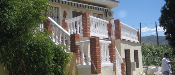 AX224 – Pretty house in the country with two terraces, townhouse near Velez-Malaga