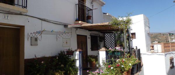 AX392 – Casa Aurora – 1 bed, rustic style village house in Almachar