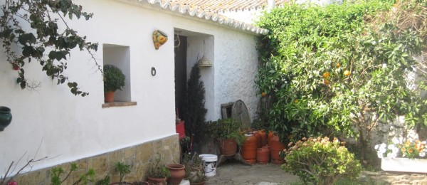 AX472 – Casa Clayross, cortijo close to the coast, Almayate