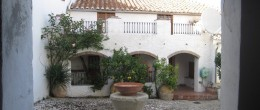 AX480 – El Molino, historic village house with courtyard, Comares