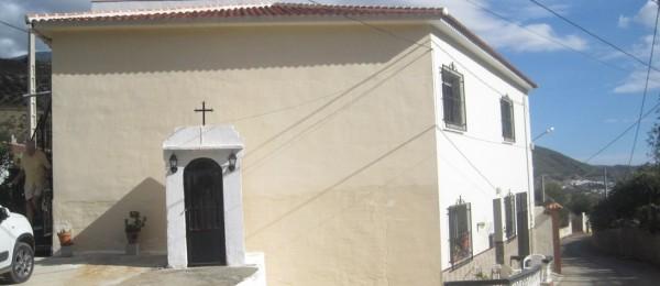 AX510 – Casa Neville, large village house near Alcaucin