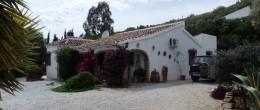 AX570 – Casa Los Arcos, country house in Alcaucin