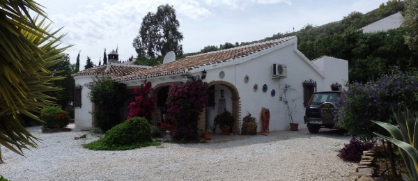 AX570 – Casa Los Arcos, country house in Alcaucin