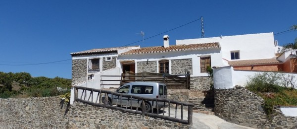 AX563 – Casa Soto Albañil 2 – Triana, Velez-Malaga