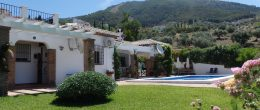 AX660 – Casas de la Colina, country house with guest casita, Alcaucin