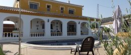 AX672 – Spacious country house with sea views, Velez-Malaga (Arenas)