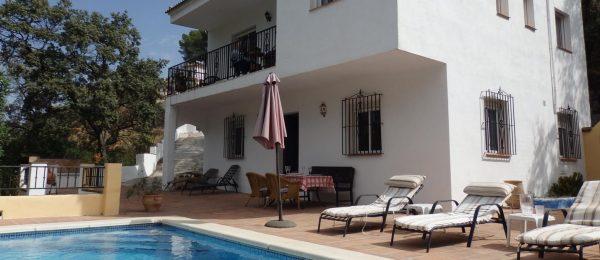 AX677- Casa Las Encinas, Los Ventorros, Comares