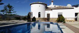 AX690 – Country house near Velez-Malaga and Canillas de Aceituno