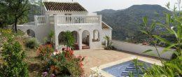 AX710 – Casa Serena – rustic country house, Riogordo, Comares