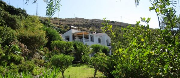 AX726 – Villa Toscana, 3 bedroom country villa by the sea, Torre del Mar