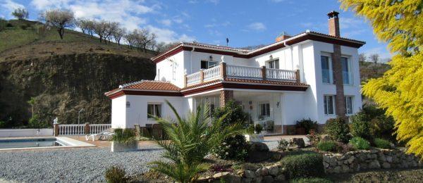 AX732 – Casa Chimeneas, luxury country house near Vinuela