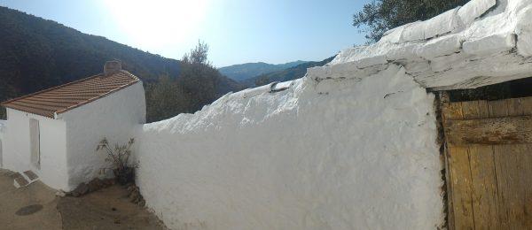 AX735 – La Bodeguita, Rubite, between Canillas and Velez-Malaga