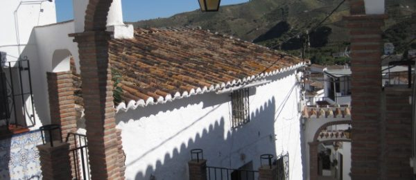 AX740 – Casa Paula, village house to restore, Benamargosa