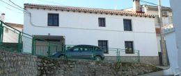 G155 – Casa Rosa Maria, village house with patio garden, Fornes
