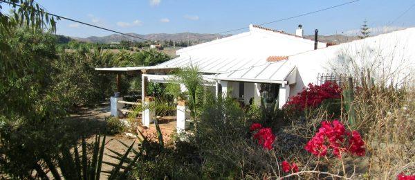 AX744 – Casa Brisas de Mar, country villa, Benajarafe