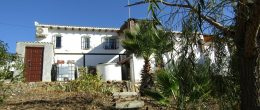 AX750 – Casa Gardan, beautiful detached country house in the hills above Velez-Malaga