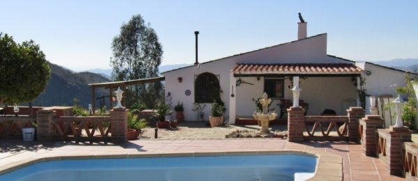 AX758 – Casa Benjo, traditional style country house, Canillas de Aceituno