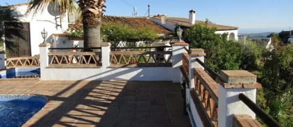 AX759 – Casa Montaña, rustic, traditional style country house with sea and mountain views