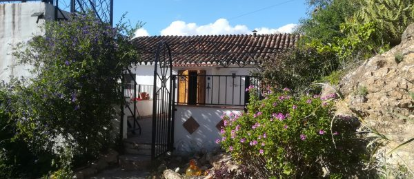 AX761 – Cortijo La Frontera, detached country cottage, Los Romanes