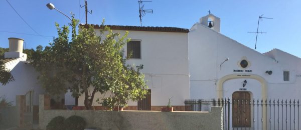AX762 – Casa Virginia, large house with garden in coastal hamlet