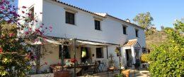 AX774 – Cortijo Amapola de Los Trillos, country house near Comares