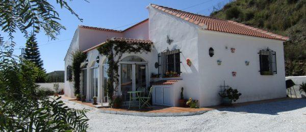 AX833 – Casa Tres Arcos, country house, Almachar