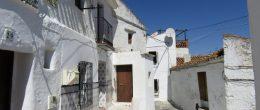 AX782 – Casa La Cordobesa – 190m2 village house to restore – Almachar