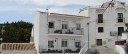 AX784 – Casa Carmen, immaculate village house, Benamargosa