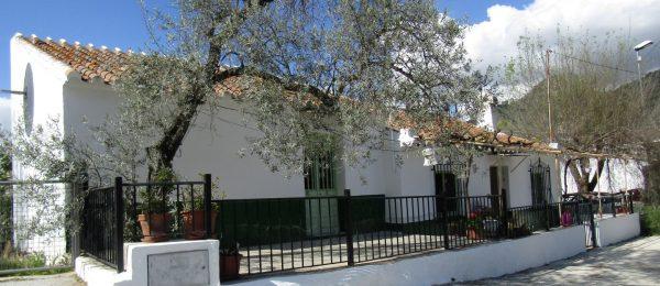 AX783 – Casa Gallega – detached country house in hamlet with garden, Benamargosa