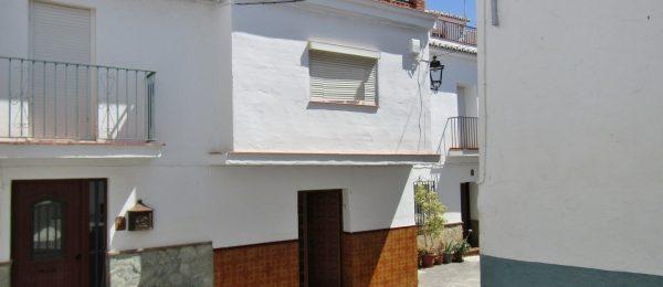 AX802 – Casa La Parra, 3 bed village house, Canillas de Aceituno