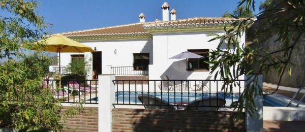 AX803 – Casa Lopa, country house near Comares