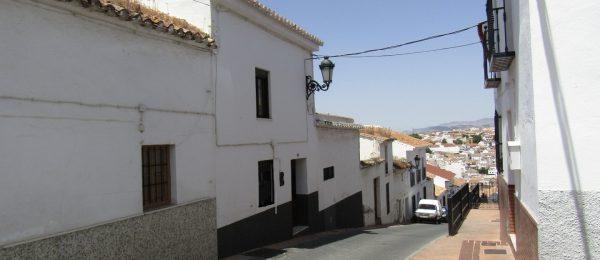 AX806 – Casa Bajo Ermita – spacious village house in Colmenar