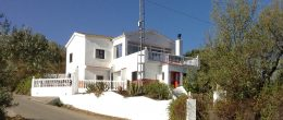 AX823 – Casa El Almendro, country house, Comares area