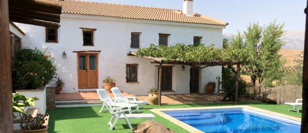 AX827 – Cortijo El Tunante, country house, Riogordo