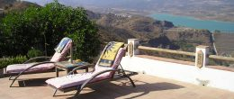 AX832 – Casa Lavanda, country house with lake views, Viñuela area