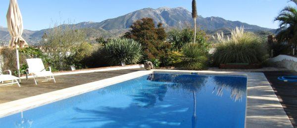 AX838 – Villa Bonita Vista, Lake Viñuela