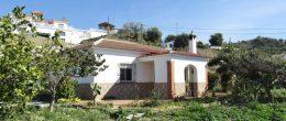 AX855 – Casa del Abuelo, country house, Viñuela