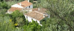 AX872 – Cortijo La Breña, country house with land, Malaga