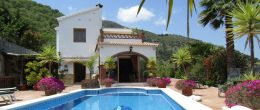 AX876 – Casa Las Palomas, country house near Comares