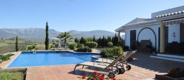 AX878 – Casa de la Serenidad, luxury country home, Viñuela