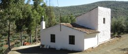 AX897 – Cortijo Roahoya, country house with land, Colmenar