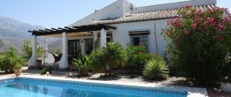 AX908 – Casa Luisa, country house between Canillas de Aceituno and Velez-Malaga