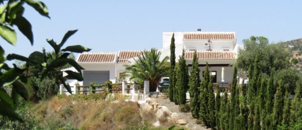 AX917 – El Cerrillo – top quality country house, Alcaucin