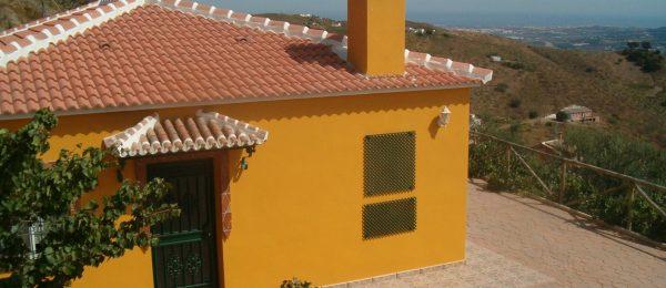 RAX927 – Casa Rosa – house in the country, Velez-Malaga, for long term rental