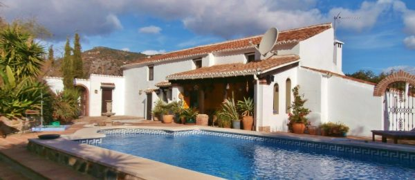 AX940 – La Casa Serena, near Comares