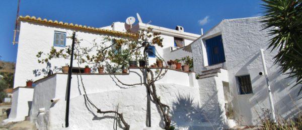 AX951 – Casa Los Patios, Los Hijanos, Comares
