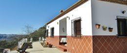 AX946 – Casa Las Vistas, country house near Riogordo