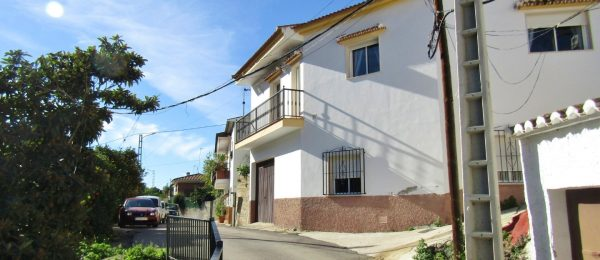 AX955 – Casa El Callejon, Rio Bermuza, Viñuela