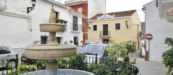 AX958 – La Casa De La Plaza, Benamargosa