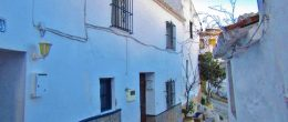 AX961 – Casa del Barbero, Comares village